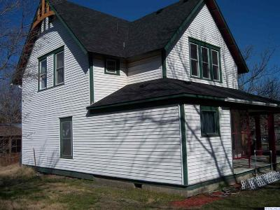 Kennewick Single Family Home For Sale: 4 W 3rd Ave.