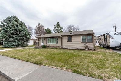 Kennewick Single Family Home For Sale: 2409 W Bruneau