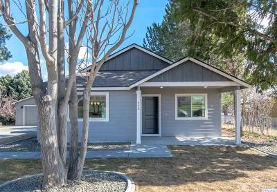 West Richland Single Family Home For Sale: 648 N 62nd Ave