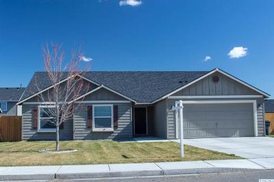 Pasco Single Family Home For Sale: 6205 Westport Ln