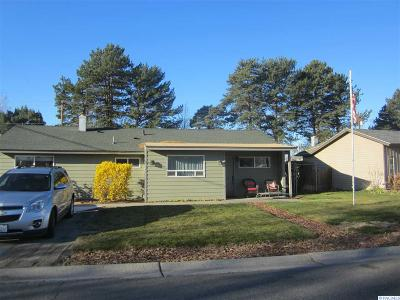 Richland WA Single Family Home For Sale: $175,000