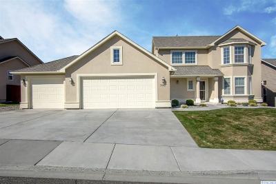 Canyon Lakes Villas, Canyon Lk, Canyon Lk 20, Canyon Lk1, Canyon Lk2, Canyon Lk9 Single Family Home For Sale: 3508 S Johnson St.