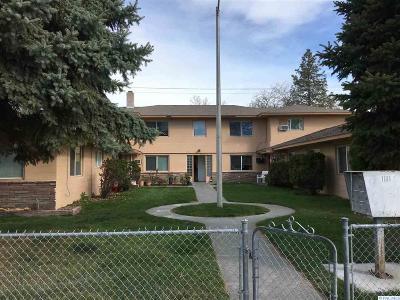Pasco Multi Family Home For Sale: 1101 W Margaret