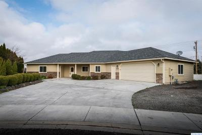 West Richland Single Family Home For Sale: 5302 Kenra Loop