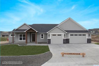 Kennewick Single Family Home For Sale: 82906 Wallowa