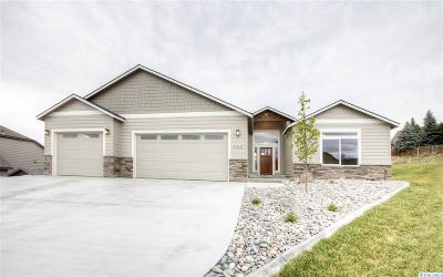 First Place Ph1, First Place Ph2, First Place Ph3, First Place Ph4, First Place Ph6 Single Family Home For Sale: 3910 Cabrillo Ct