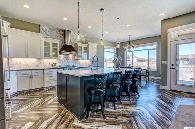 Pasco Single Family Home For Sale: 6903 Kohler Rd