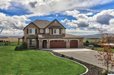 Pasco Single Family Home For Sale: 11612 Quail Run