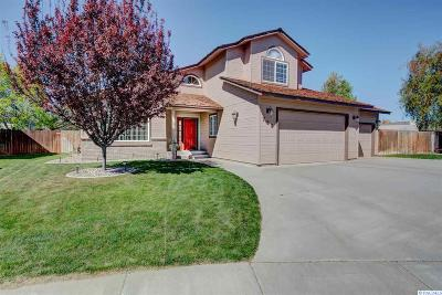 Kennewick Single Family Home For Sale: 725 N Pittsburgh St