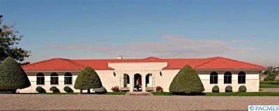 Kennewick Single Family Home For Sale: 905 E Eastlake Dr