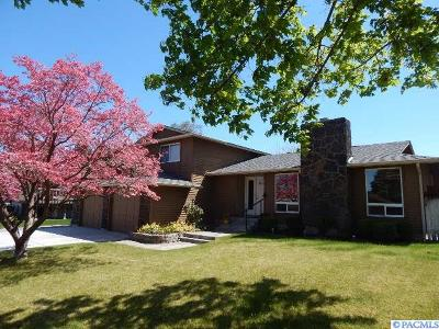 Richland WA Single Family Home Sold: $295,000
