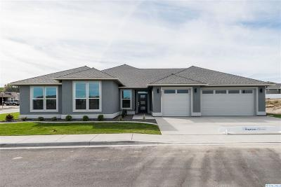 Kennewick Single Family Home For Sale: 8551 W 11th Ave.