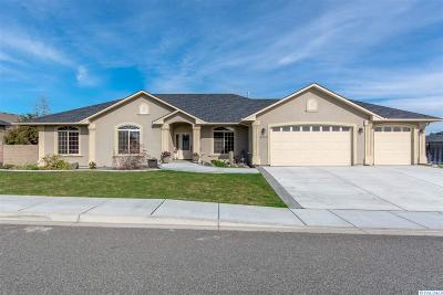 Pasco Single Family Home For Sale: 4705 Indian Ridge