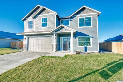 Pasco Single Family Home For Sale: 6110 Ramus Lane