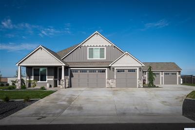 Pasco Single Family Home For Sale: 11549 Mathews Road