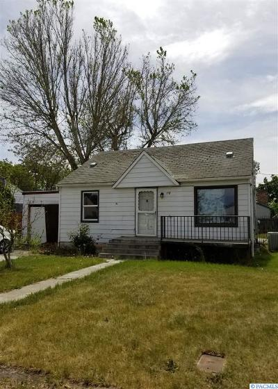 Kennewick Single Family Home For Sale: 110 E 14th