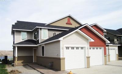 Richland Condo/Townhouse For Sale: 3120 Willow Pointe Dr Lot 13