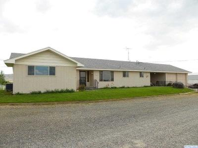 Grandview Single Family Home For Sale: 7802 Hicks