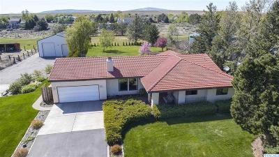 West Richland Single Family Home For Sale: 98902 N Harrington Rd