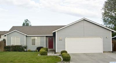 Kennewick Single Family Home For Sale: 2822 S Tacoma St.