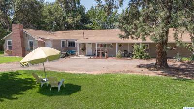 Kennewick Single Family Home For Sale: 32110 S Finley Road