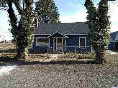 Prosser Single Family Home For Sale: 916 And 918 Lillian Street