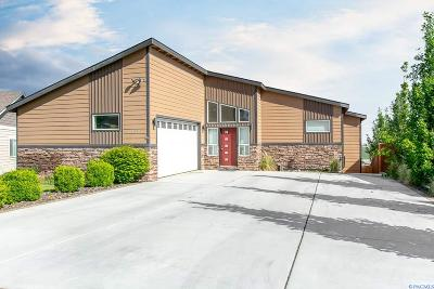 West Richland Single Family Home For Sale: 6406 Westview Loop