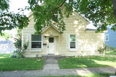 Single Family Home For Sale: 708 Court St