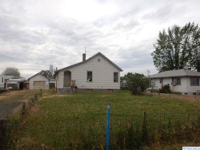 Burbank Single Family Home For Sale: 113 Cherry Street