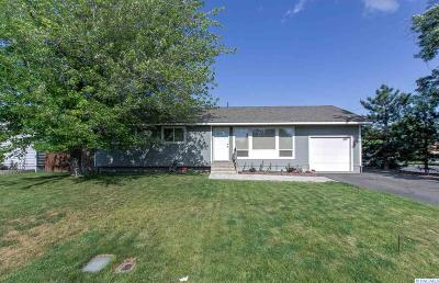 Richland WA Single Family Home For Sale: $190,000