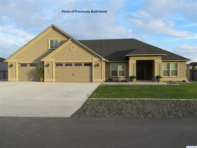 Pasco Single Family Home For Sale: 12013 Blackfoot Drive #67