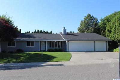 Richland Single Family Home For Sale: 231 Orchard Way