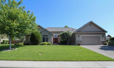 Richland Single Family Home For Sale: 1711 Sagewood Street