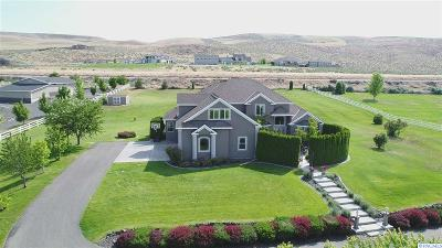 Kennewick Single Family Home For Sale: 77803 E Badger Meadow Dr.