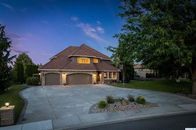 Canyon Lakes Villas, Canyon Lk, Canyon Lk 20, Canyon Lk1, Canyon Lk2, Canyon Lk9 Single Family Home For Sale: 3505 W 36th Loop