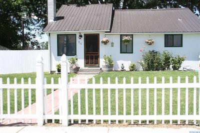 Prosser Single Family Home For Sale: 916 Sheridan