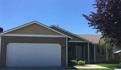 Pasco Single Family Home For Sale: 4008 Coachella Ct