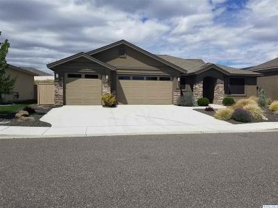 Richland WA Single Family Home For Sale: $369,000