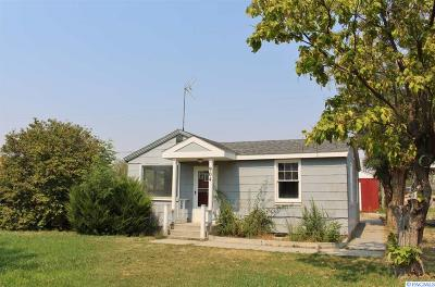 Benton City Single Family Home For Sale: 904 Chris Ave.
