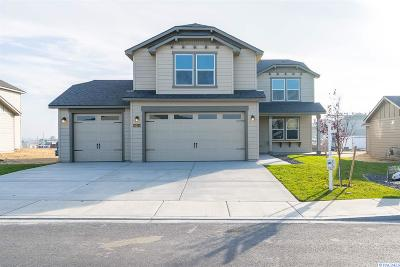Franklin County Single Family Home For Sale: 8214 Cassiar Dr