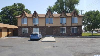 Kennewick Multi Family Home For Sale: 337 S Johnson St