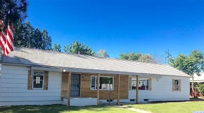 Richland Single Family Home For Sale: 1422 Thayer Drive