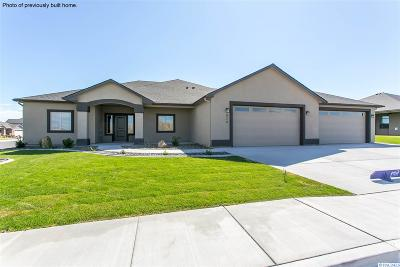 West Richland Single Family Home For Sale: 6801 Cyprus Loop