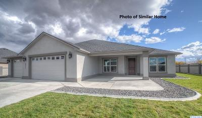 Pasco Single Family Home For Sale: 12012 Blackfoot Dr. #83