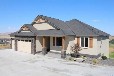 West Richland Single Family Home For Sale: 6440 Collins Rd
