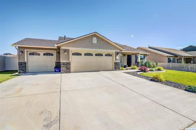 Kennewick Single Family Home For Sale: 1574 W 44th Place