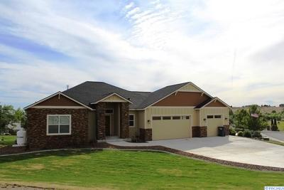 West Richland Single Family Home For Sale: 4160 Tamarack Rd.