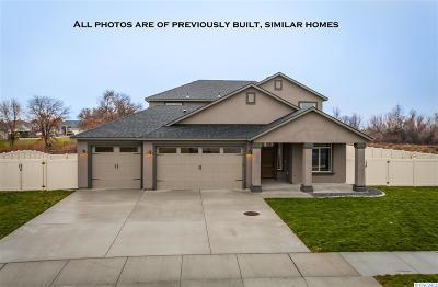 West Richland Single Family Home For Sale: 590 Troy Ave