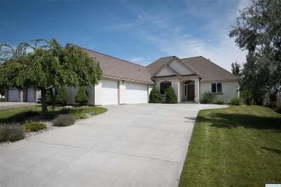West Richland Single Family Home For Sale: 1804 S Highlands Blvd