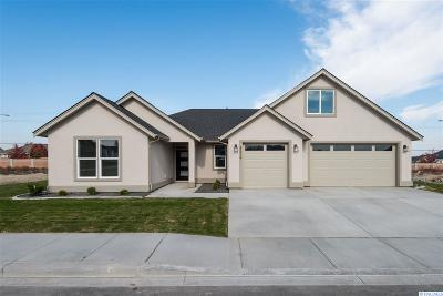 Kennewick Single Family Home For Sale: 8534 W 11th Ave